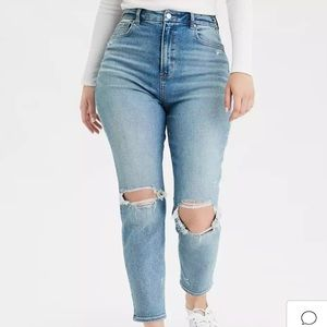 AEO Curvy Mom Jean High Rise Distressed Ripped Denim Light Blue Wash Size 24